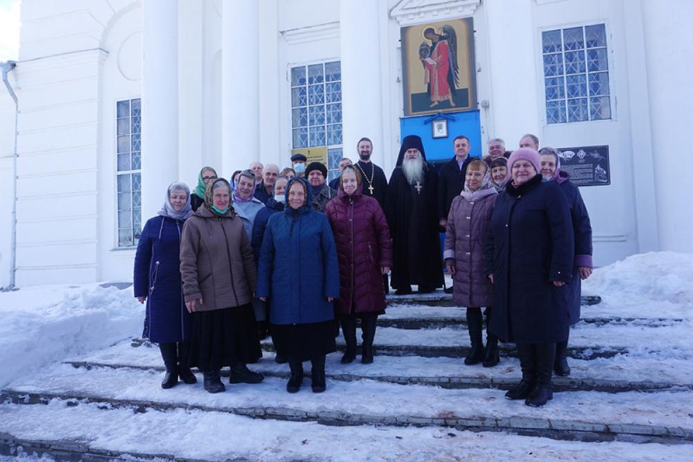 В Новом Усаде установлена памятная доска уроженцу села игумену Паисию (Ерину)