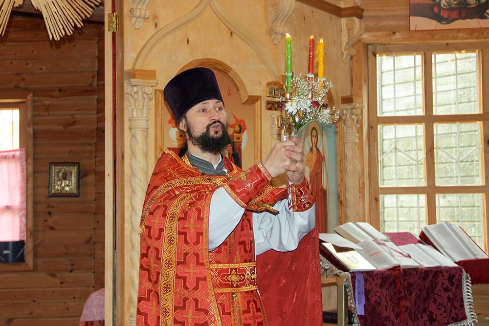 В древнем храме села Костылиха совершена Пасхальная литургия